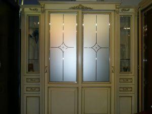 Классический шкаф купе массив с фацетными зеркалами и гравировкой Чебоксары