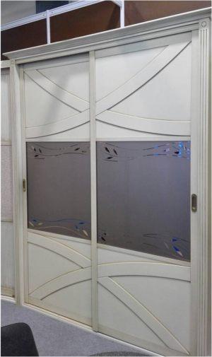 Классический шкаф купе с эксклюзивным декором Чебоксары