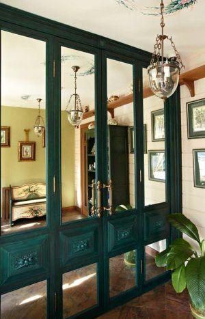 Распашные двери филенкой и декоративными накладками Чебоксары